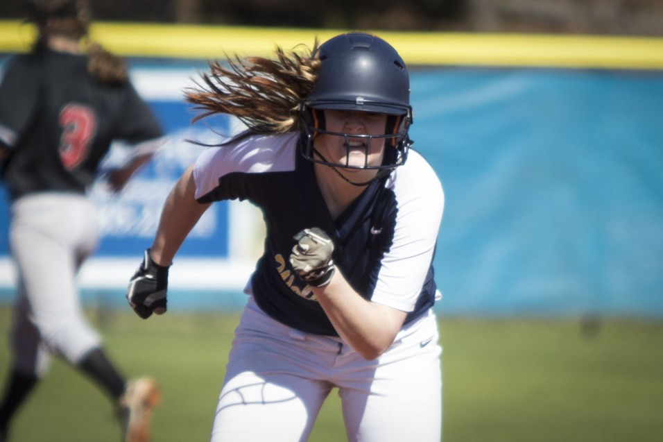 Wolverines Split Tuesday at Fastpitch Dreams Classic