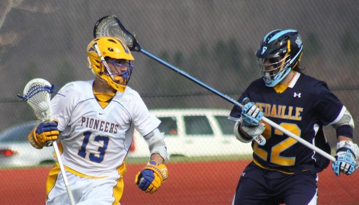 Big Run Leads Medaille Past Pioneers