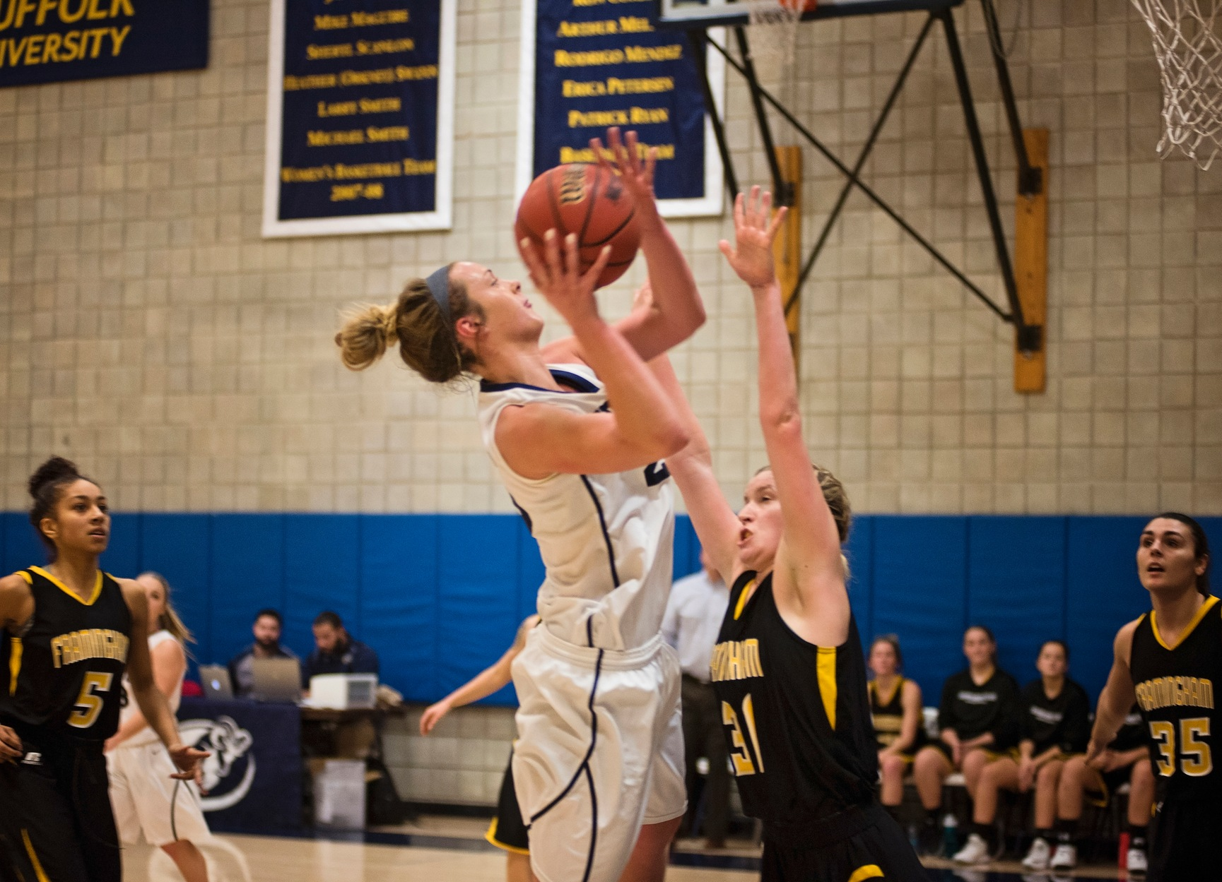 Women's Basketball Wraps Up Road Swing at Anna Maria Tuesday