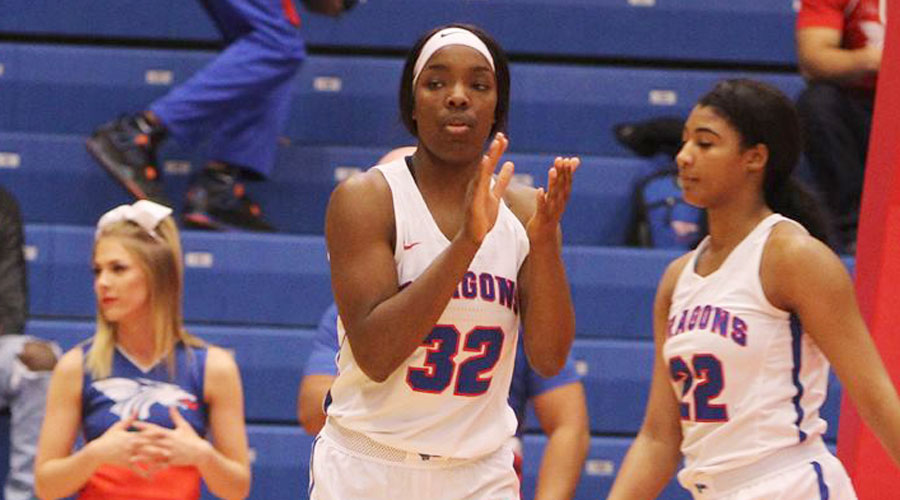 Jada Mickens and the Blue Dragon women take on Neosho County at 5:30 p.m. on Wednesday at the Sports Arena. (Allie Schweizer/Blue Dragon Sports Information)