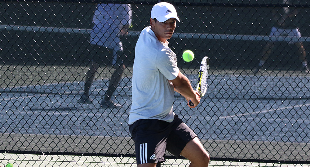 UNC Greensboro tops Bryant, 4-3