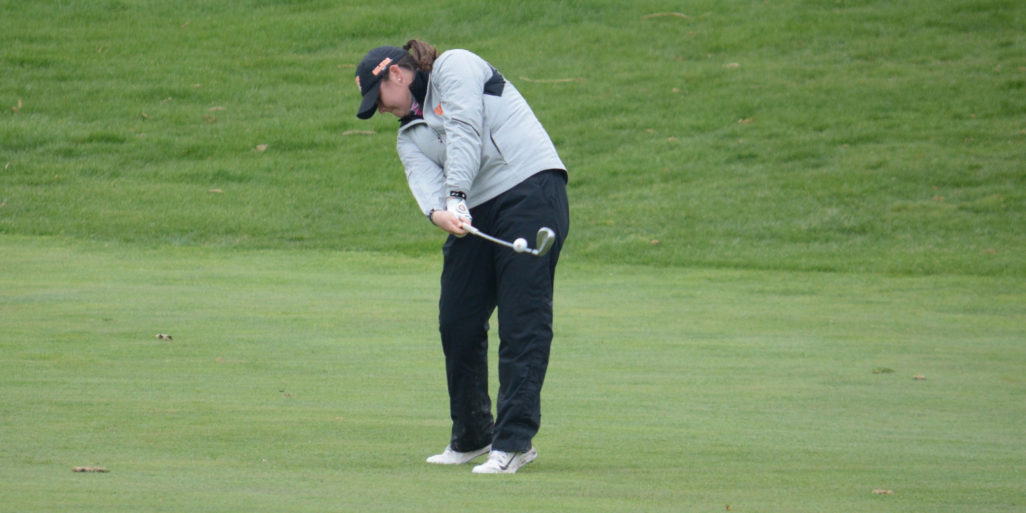 Oilers Go Low at UIS Invite