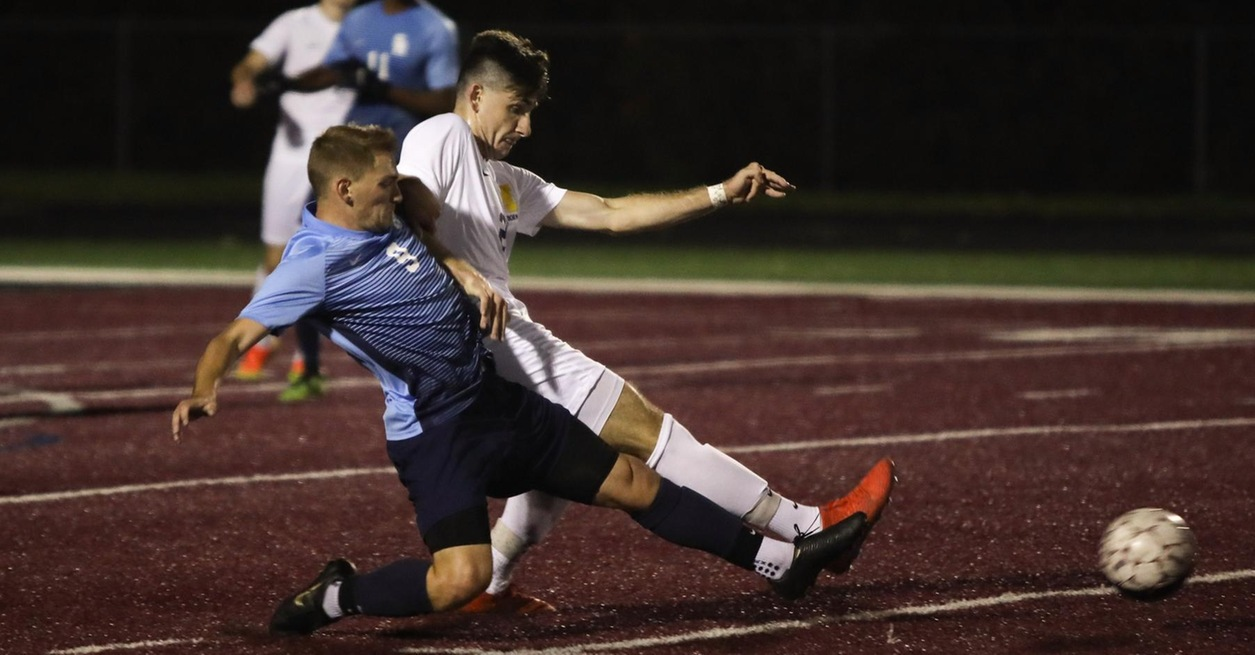 Late Goal Lifts Wolverines to 2-1 win
