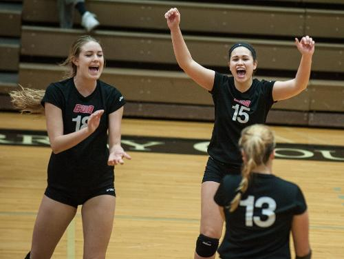 CUA Volleyball Sweeps NJCU Tournament