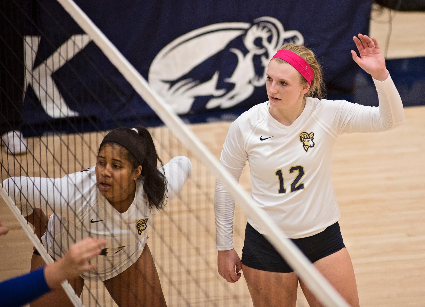 Volleyball Looks to Extend Win Streak Wednesday vs. St. Joseph's (Maine)
