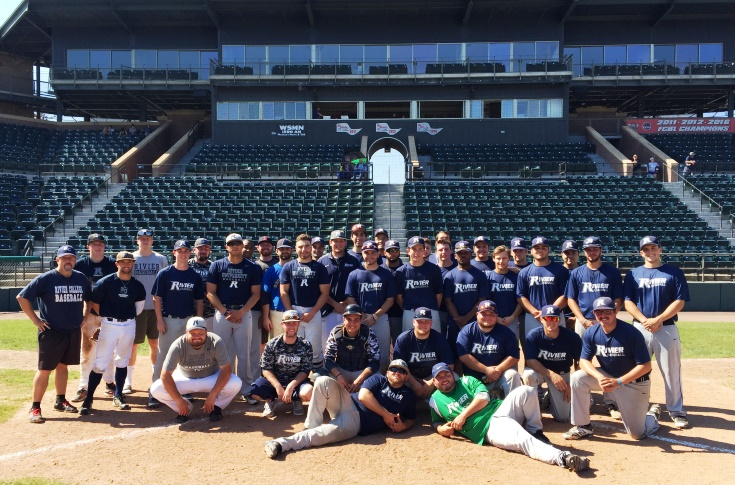 Baseball: Current squad defeats Alumni 7-4 in annual Alumni Game