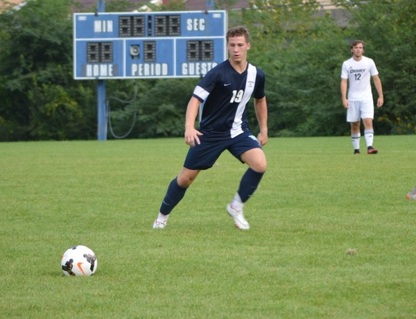 Balanced Attack Leads Blue Jays Over Grinnell