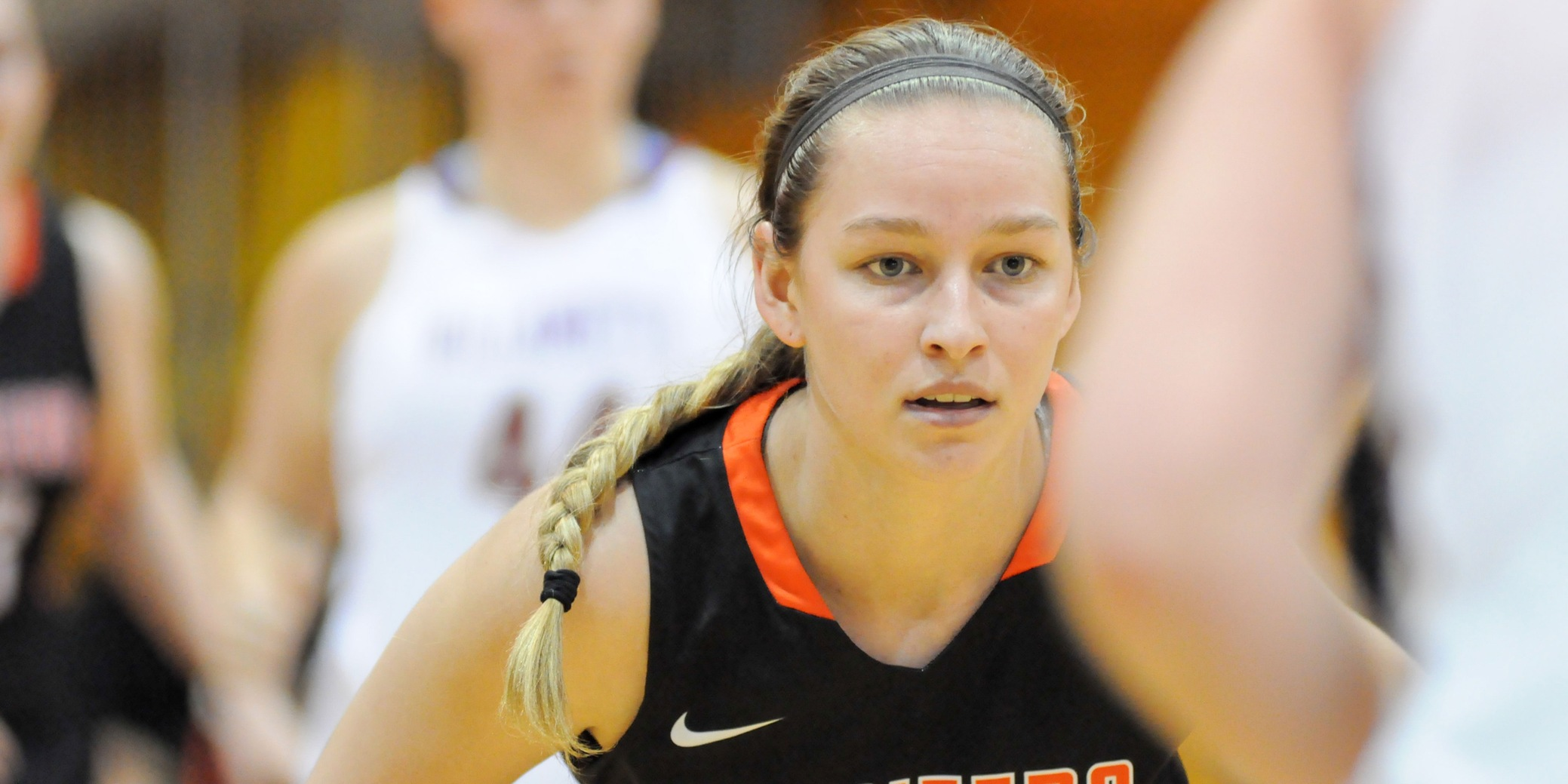 Pioneers close out regular season with win at Whitworth