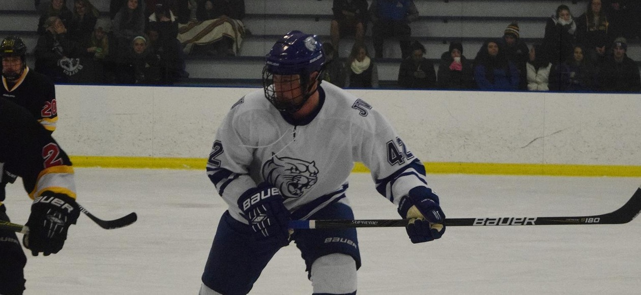 Leopards Rally to Defeat JWU Men's Hockey 3-2