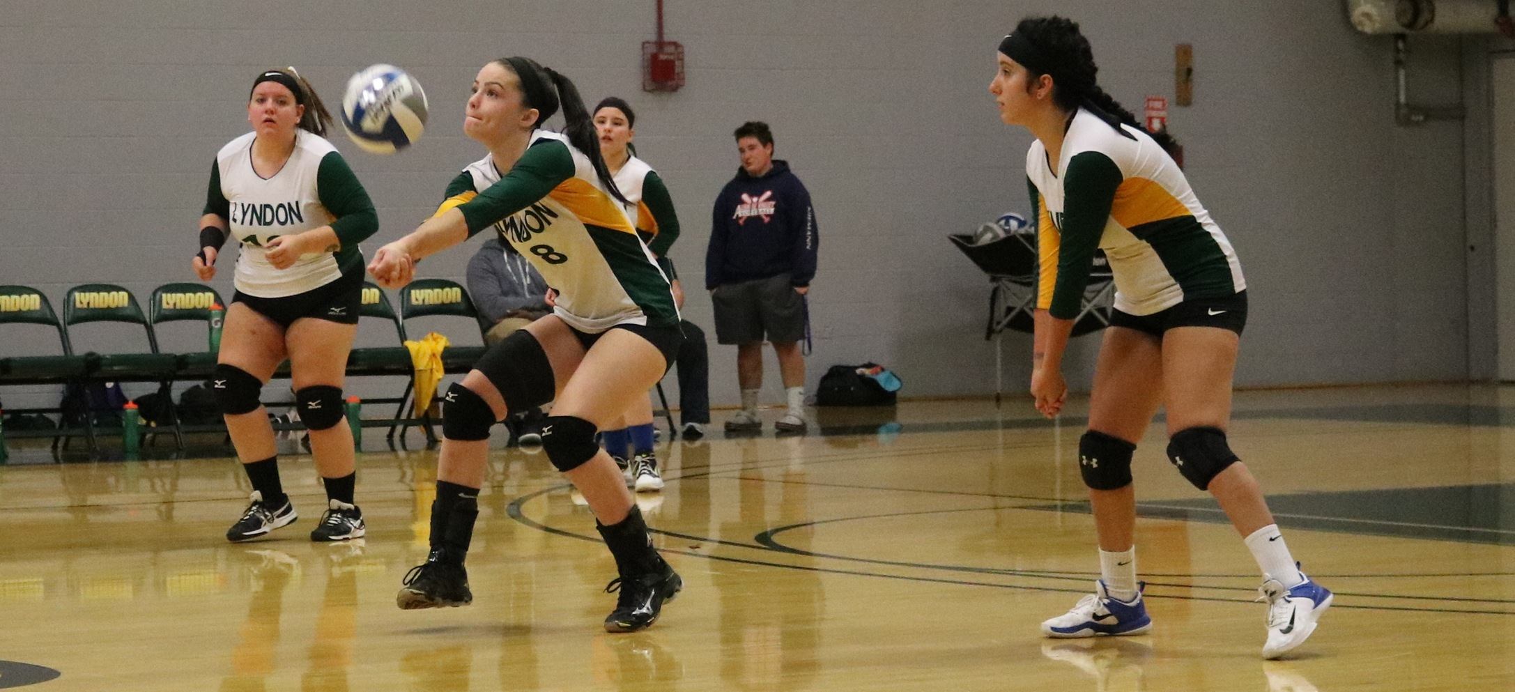 Hornet volleyball falls to Castleton in straight sets