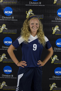 Vinz receives Association of Division III Independents women's soccer Player of the Week award
