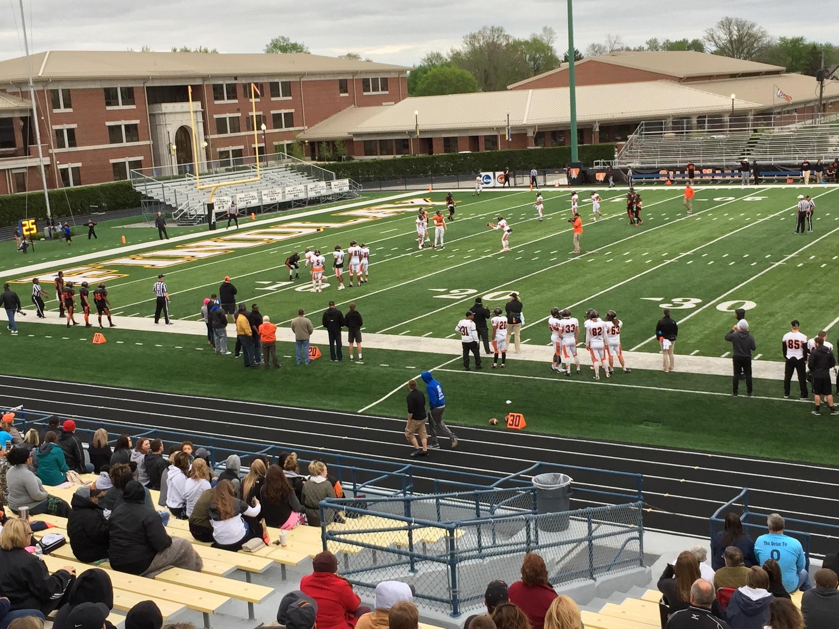 Defense Scores a Win in Spring Game