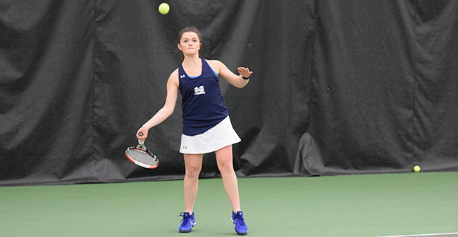 Lauren Steinert '20 returns a ball during singles action versus Bryn Mawr College at the Lewis Indoor Tennis Center at Lehigh University.