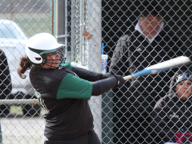 Longball Powers Storm to Split at Mercyhurst