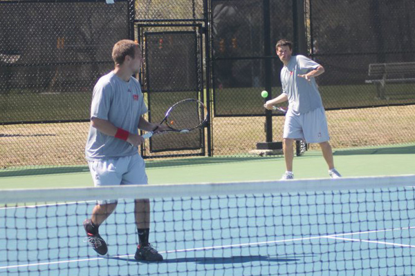 Huntingdon men's tennis completes season sweep of Covenant