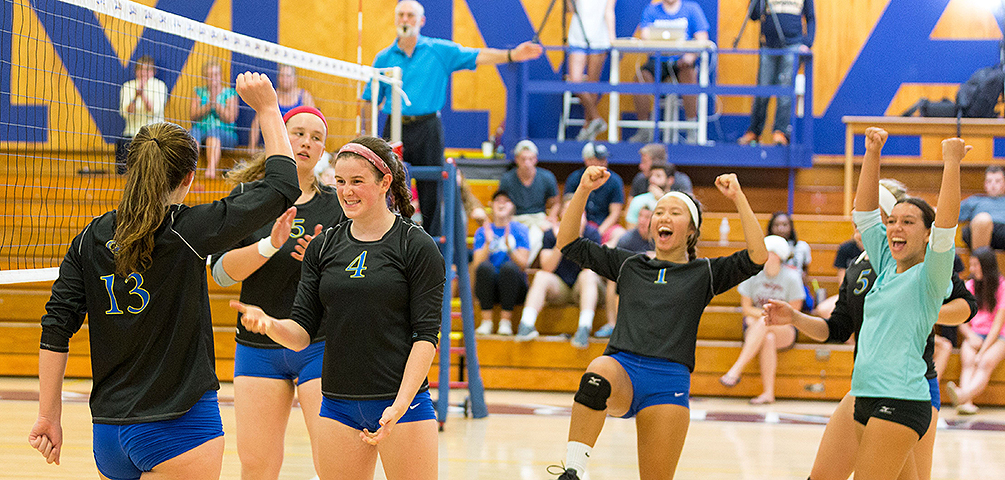 Volleyball Sweeps Lyndon and Johnson State to Open NAC Play