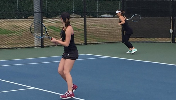 Women's Tennis Bounces Back With 9-0 Victory Over LeTourneau