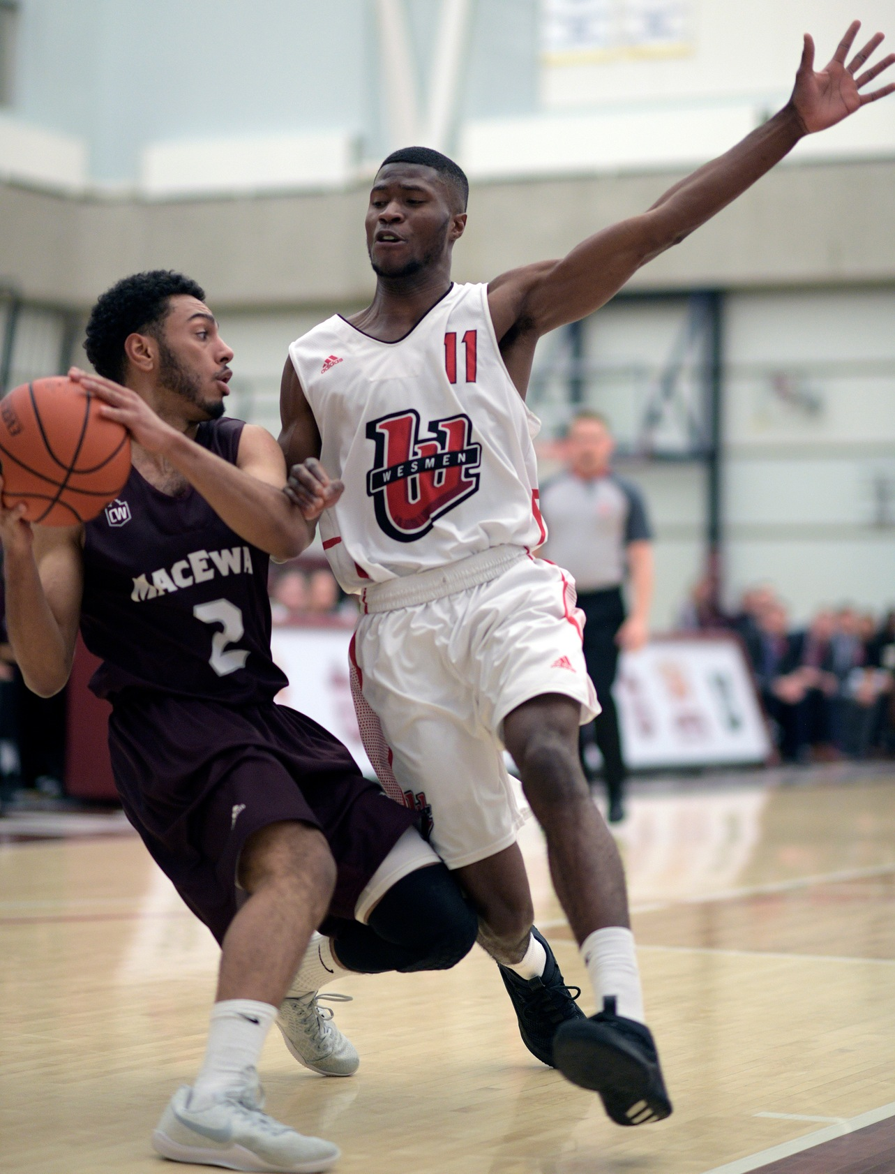 Winnipeg's Will Sesay cuts off a MacEwan drive during the Wesmen's win Saturday, November 10, 2018 in Edmonton, Alta. (Chris Piggott/MacEwan Athletics)