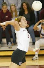 Becky Potter Makes Santa Clara Volleyball History
