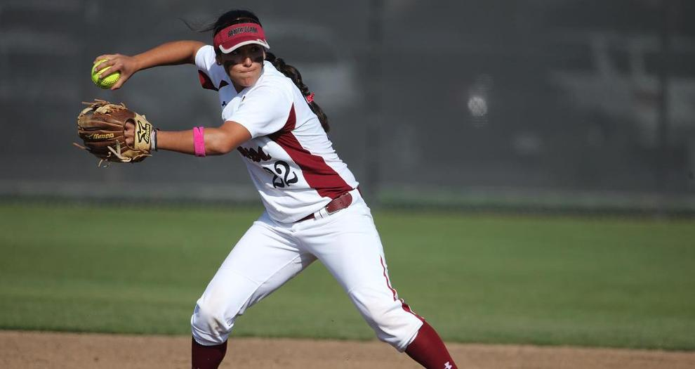 Broncos Top Davis 5-4 on Late Run, Split Double-Header