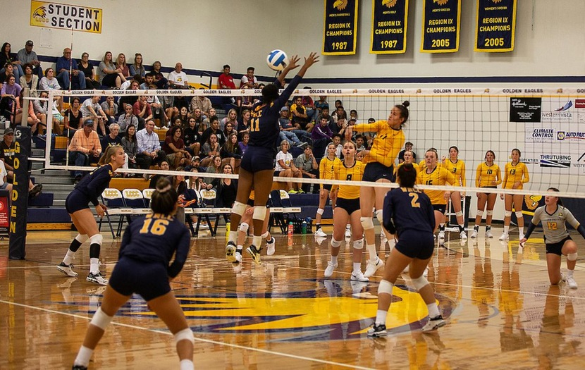 Volleyball Falls 3-1 to Western Wyoming on Friday