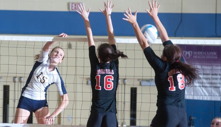 Volleyball Rolls to Ninth Straight Win