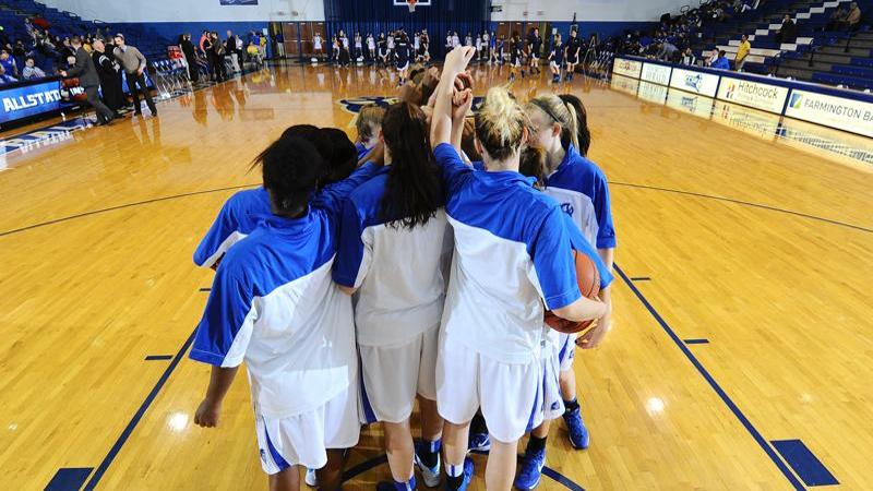 Women's Basketball Hosts Siena at Detrick