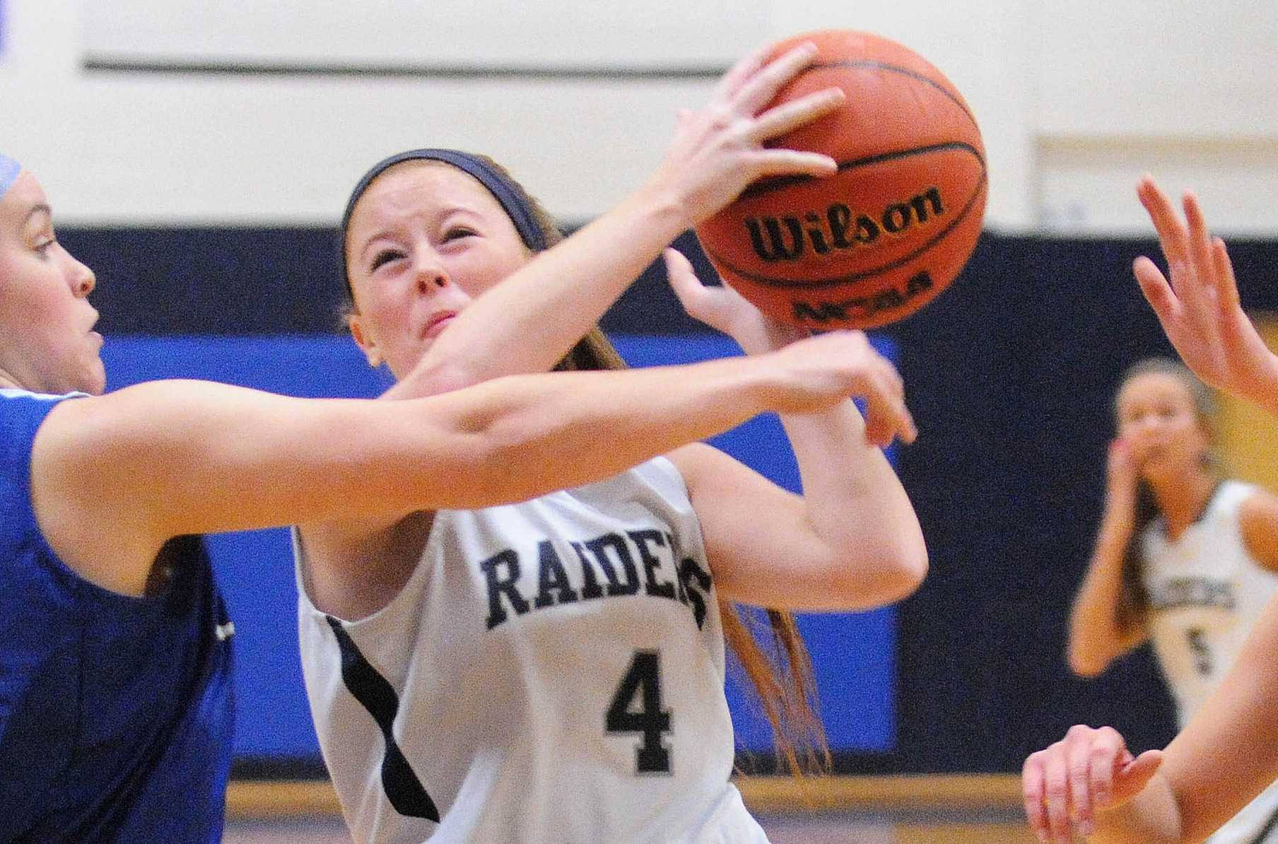 Women's Basketball: Raiders fall to Judges in Brandeis Tip-Off Tournament