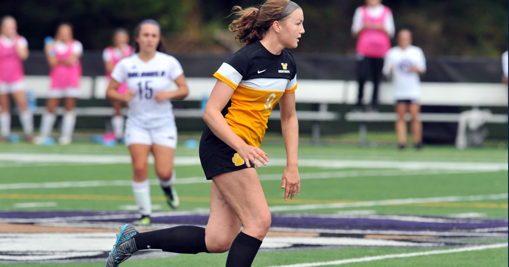 Women's Soccer Earns Crucial Conference Victory at Roger Williams