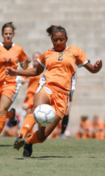 Buffington's Golden Goal Clinches Victory for Cal State Fullerton, 1-0