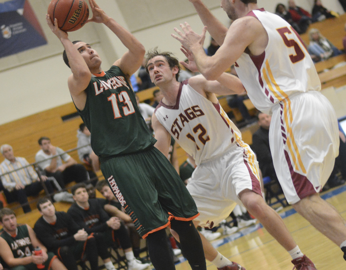 Men's Basketball drops nailbiter at Whittier