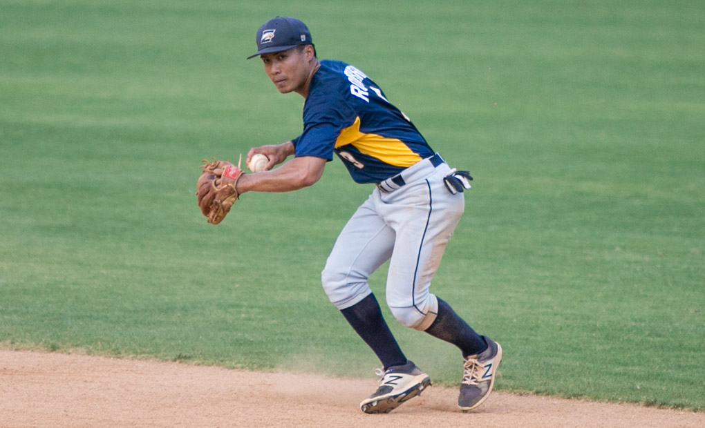 Emory Baseball Season Ends with Loss to Roanoke in NCAA South Regional