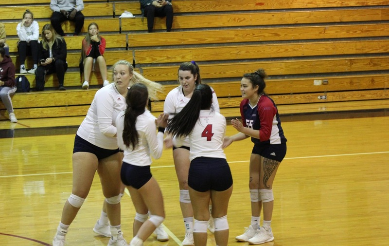 Warriors Volleyball Sweeps Dominican in Three