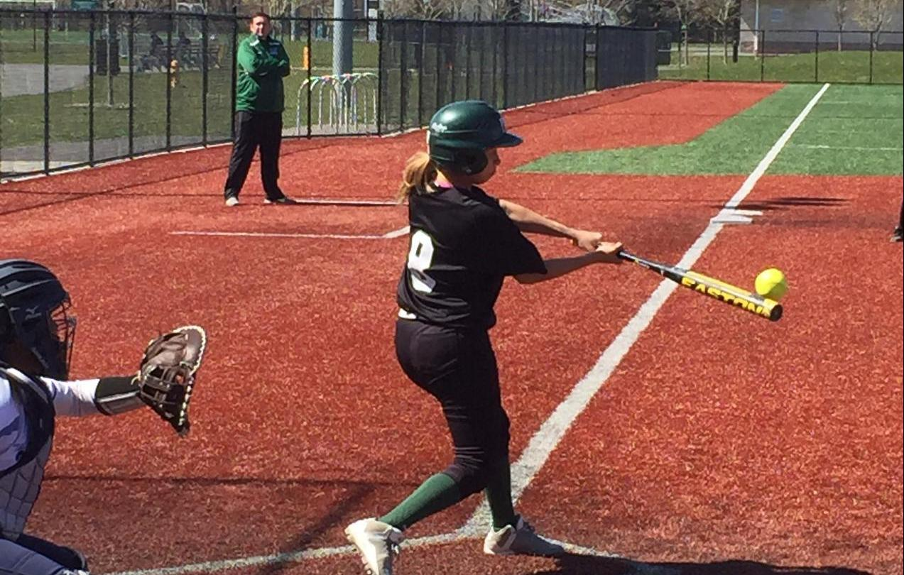 Pine Manor Softball Splits with New Rochelle