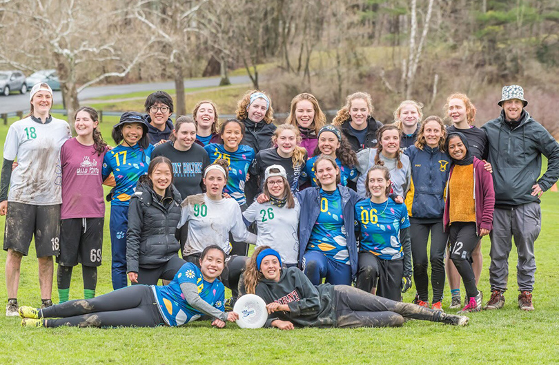 Photo of the MHC Ultimate Frisbee Team at the 2018 Regional Championships.