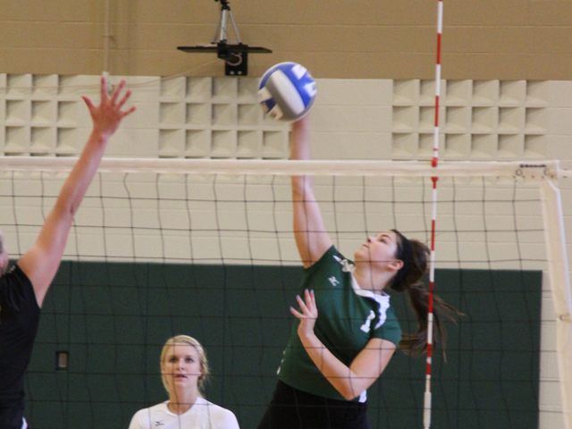Spikers Upended by Lakers, 3-1