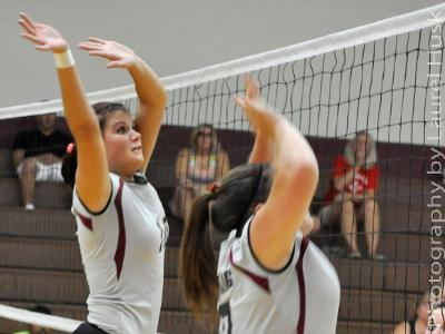 Game Recap: Volleyball Takes Out Manor in Three-Game Win