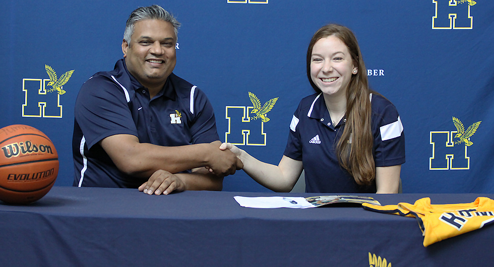 ETOBICOKE THUNDER GUARD SIGNS WITH HUMBER BASKETBALL