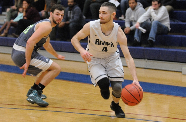 Men's Basketball: L'Heureux, Raiders stumble at JWU