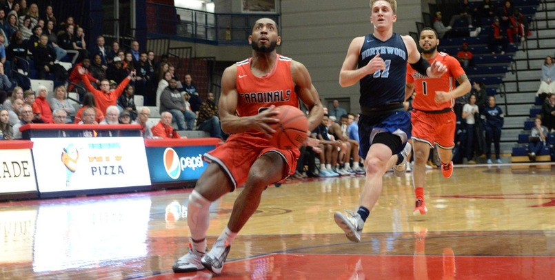 SVSU men start strong, fall to GVSU in opener