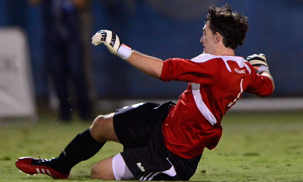 MEN'S SOCCER OPENS BIG WEST PLAY WITH 2-1 WIN AT UC IRVINE