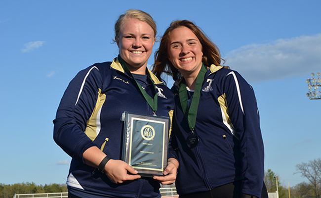 Eck, Steyer Dominate Throwing Field at Cedarville