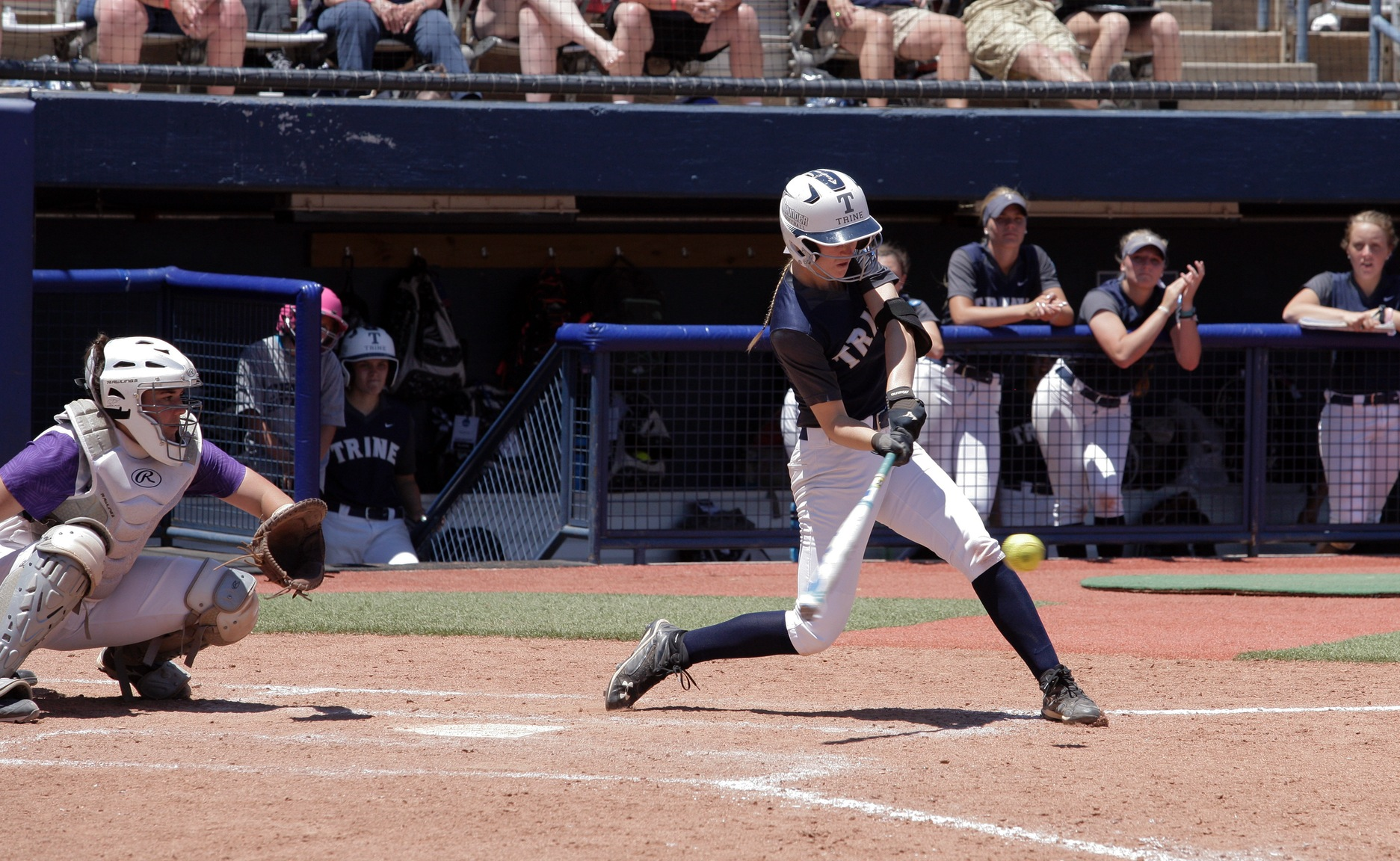 Thunder Fall to Amherst in Extras at National Championship