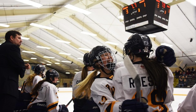 Women's Hockey sets school record in 3-1 over No. 2 Falcons