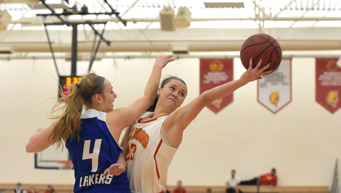 Ferris State Women's Basketball Wraps Up 2016-17 Season With Rivalry Setback