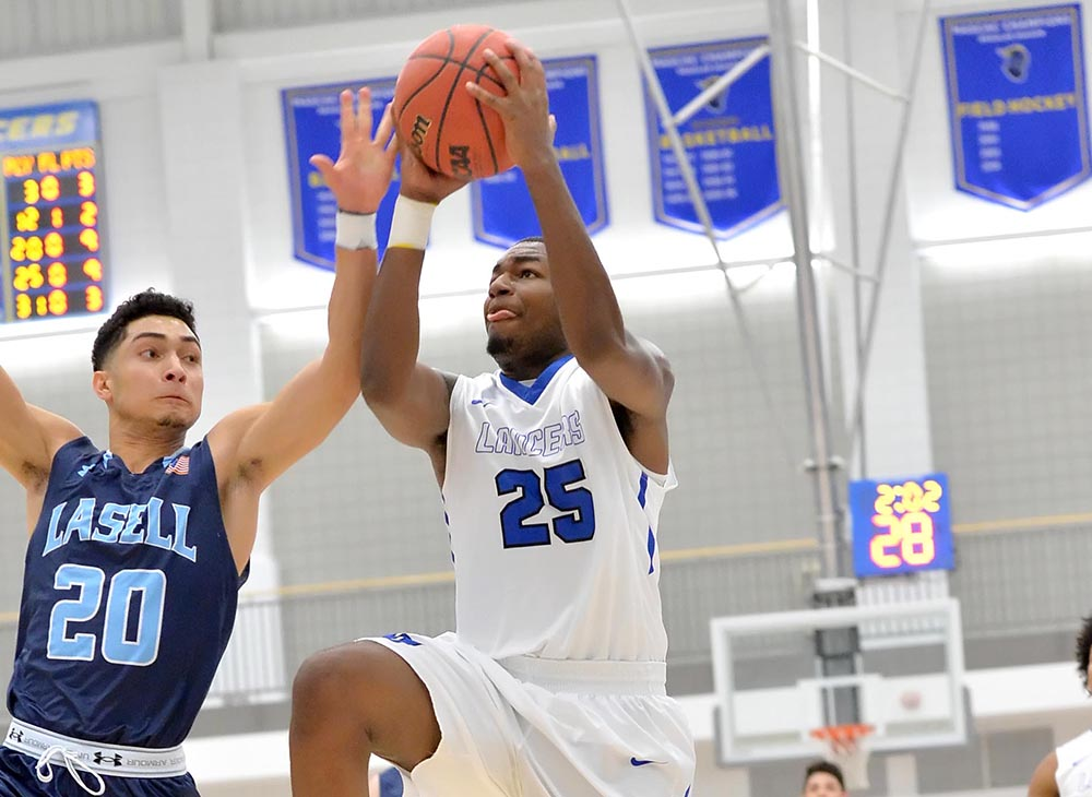 Men's Basketball Suffers 98-56 Loss at Salem State