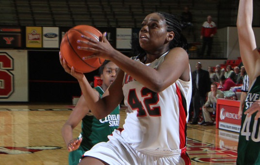Brandi Brown scores 33 points in the Penguins' 73-69 win over Cleveland State.