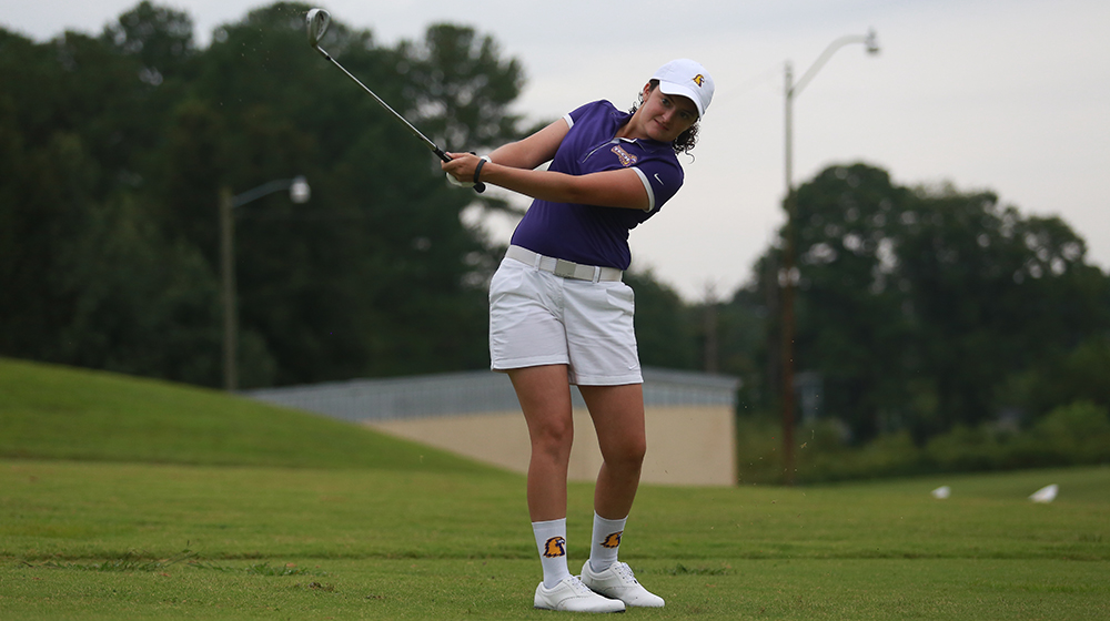 Tech women's golf team concludes Bill Berg Invitational with top-10 finish