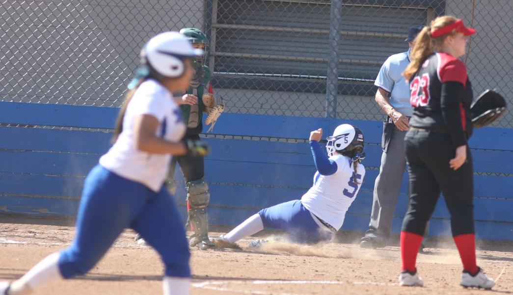 SBVC Softball finishes 2016 powering past the Panthers, 9-5 & 3-1