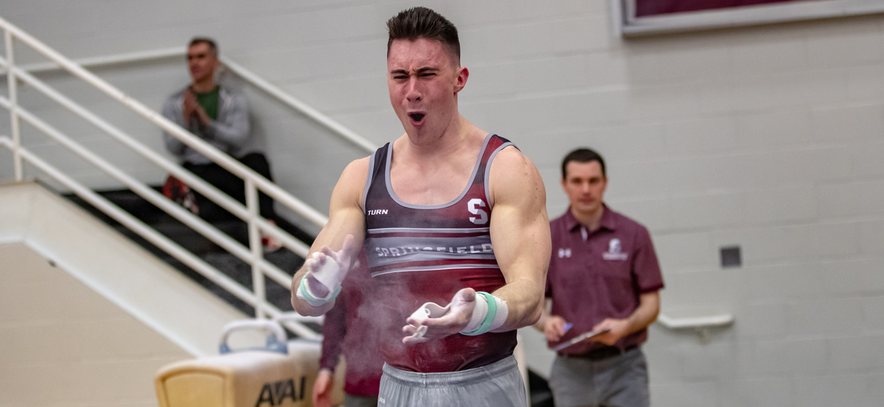 Men's Gymnastics Splits With Penn State and Illinois-Chicago